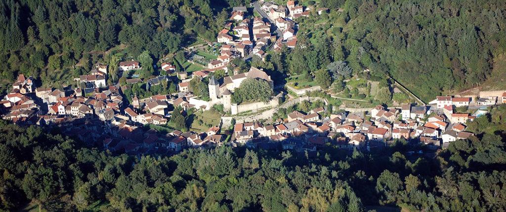 Vue aérienne de Châteldon