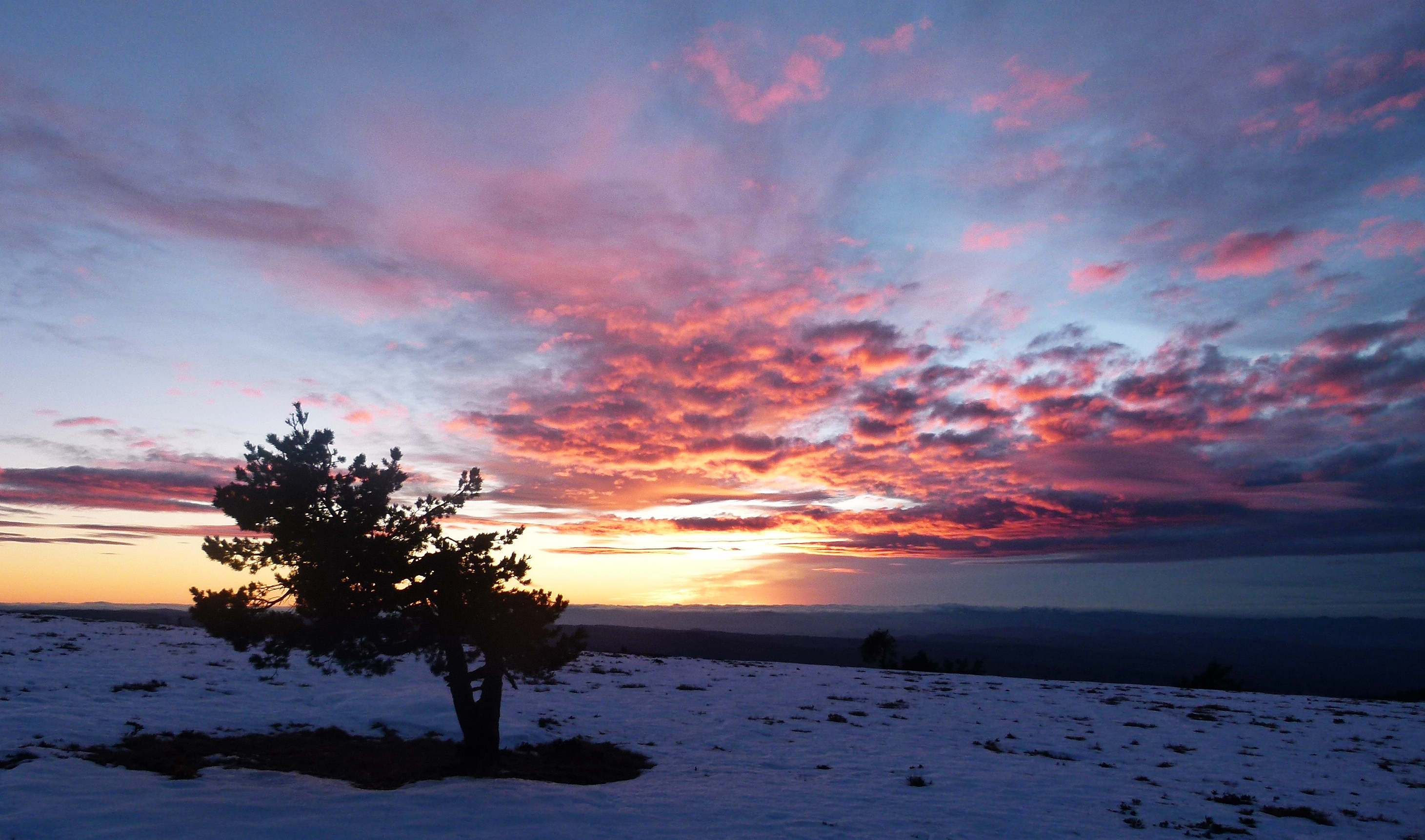 Coucher de soleil au col du Béal © JC Corbel - PNRLF